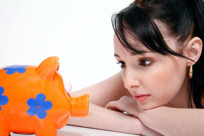 Lege spaarpot sparen